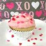 Super Moist Vanilla Cupcakes With Vanilla Buttercream