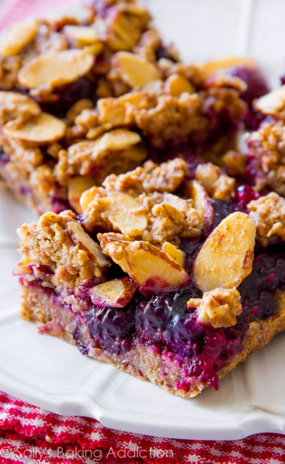 Healthy-Berry-Streusel-Bars-7