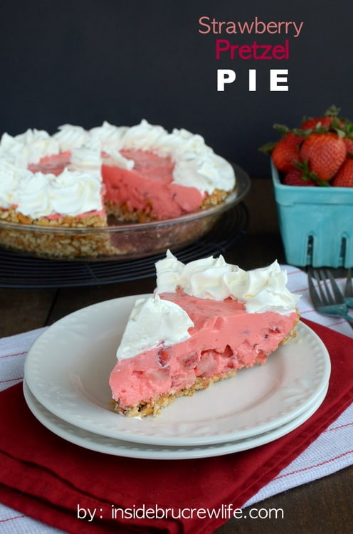 Strawberry-Pretzel-Pie-title