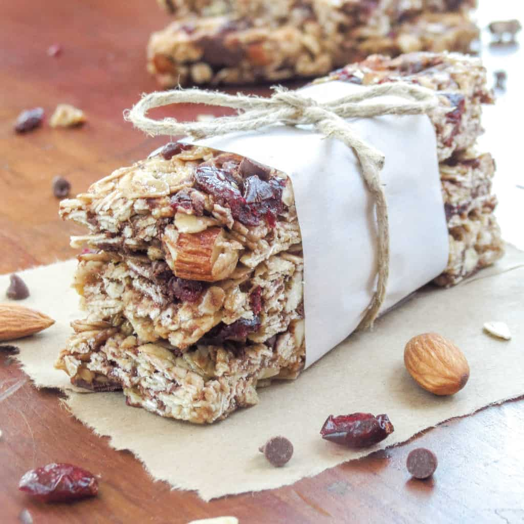 Soft and Chewy Granola Bars - Sprinkle Some Sugar