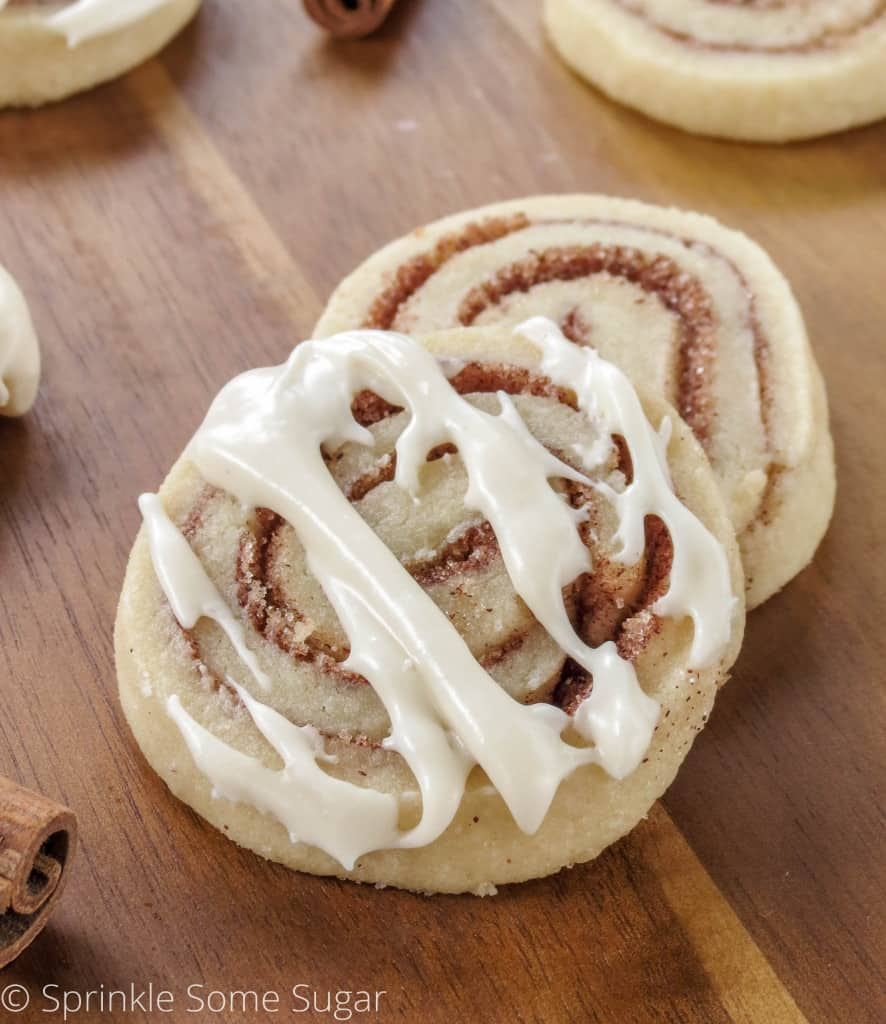 Cinnamon Roll Cookies - Sprinkle Some Sugar