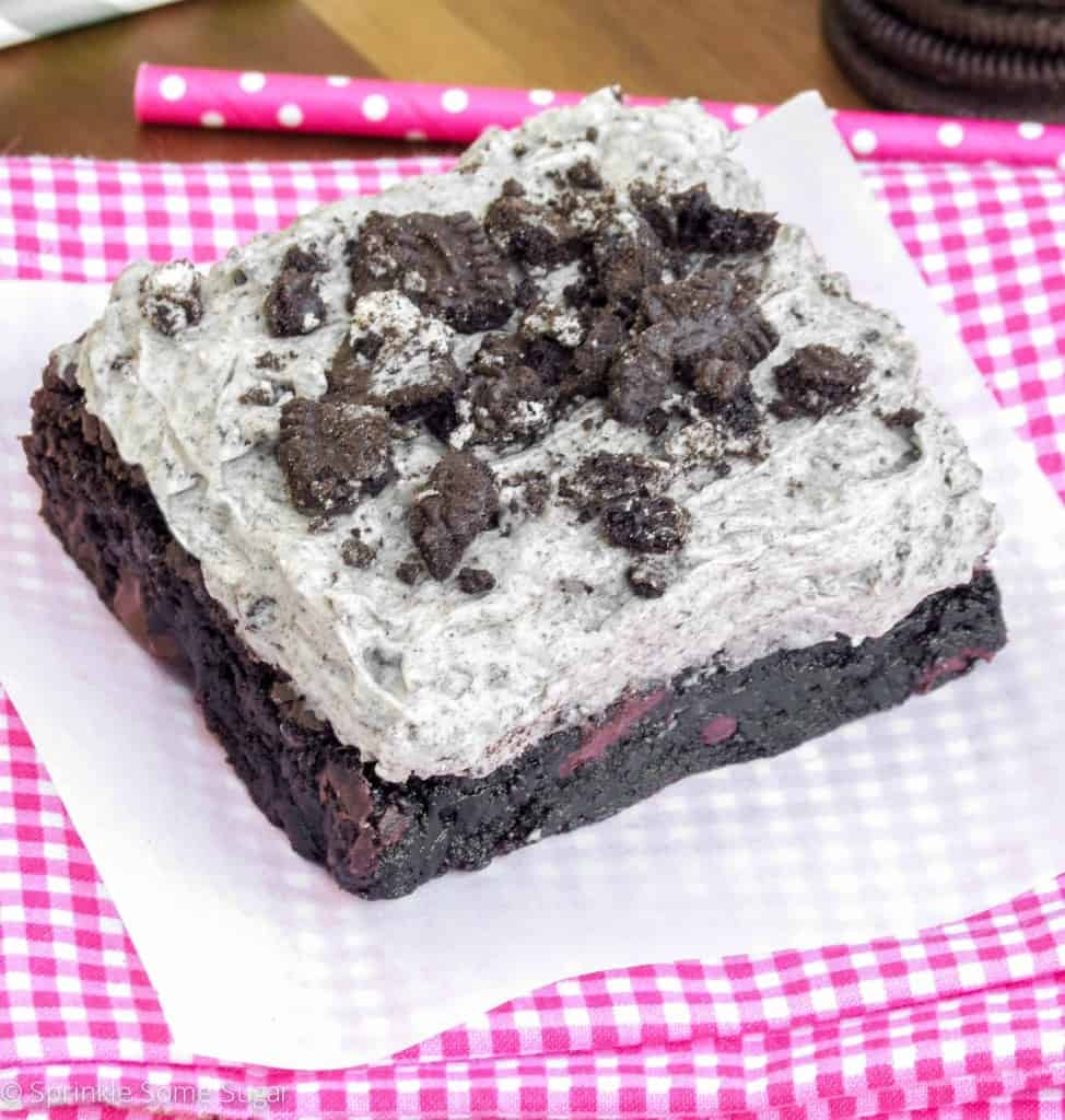 Cookies and Cream Frosted Brownies - Sprinkle Some Sugar