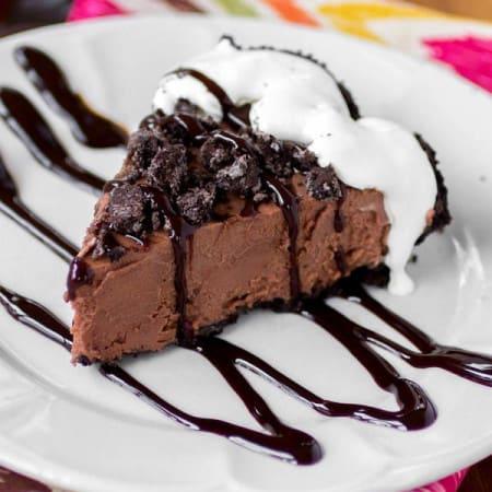 Creamy Frozen Nutella Pie - Sprinkle Some Sugar