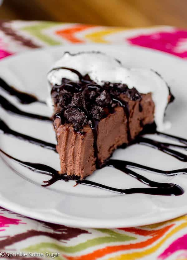Creamy Frozen Nutella Pie - Sprinkle Some Sugar