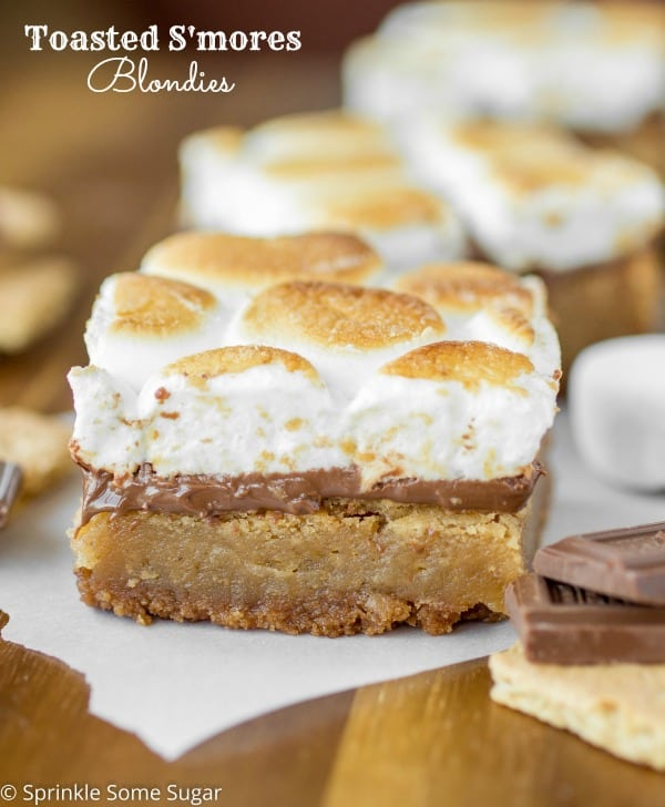 Toasted Smore's Blondies - Sprinkle Some Sugar
