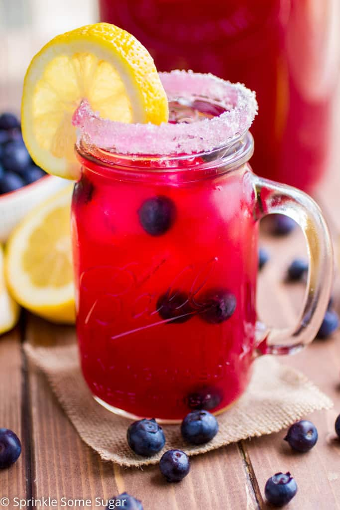 Blueberry Lemonade - Sprinkle Some Sugar