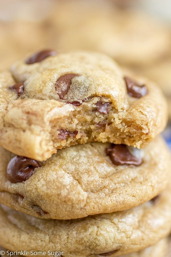 Perfect Chocolate Chip Cookies - Sprinkle Some Sugar