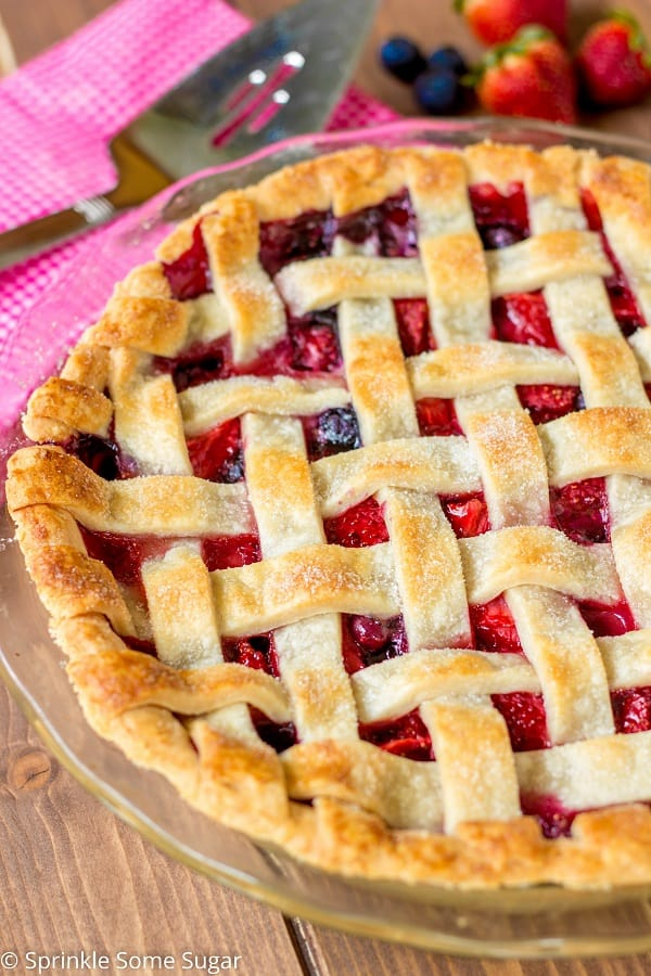 Very Berry Pie - Sprinkle Some Sugar