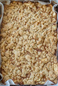 Caramel Apple Pie Bars - Sprinkle Some Sugar