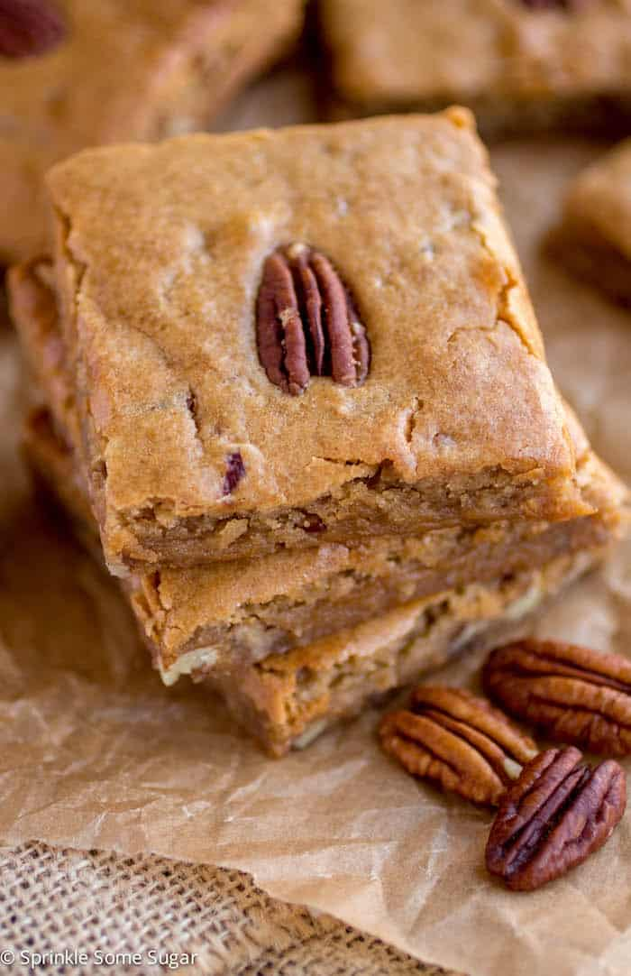 Browned Butter Pecan Blondies - Sprinkle Some Sugar