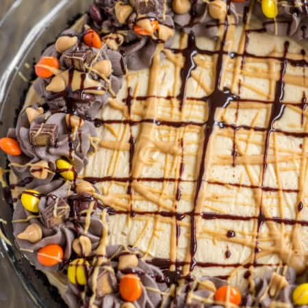 Creamy Peanut Butter Pie - Super creamy, easy and delicious peanut butter pie that is poured into an oreo crust and topped with homemade dark chocolate whipped cream!