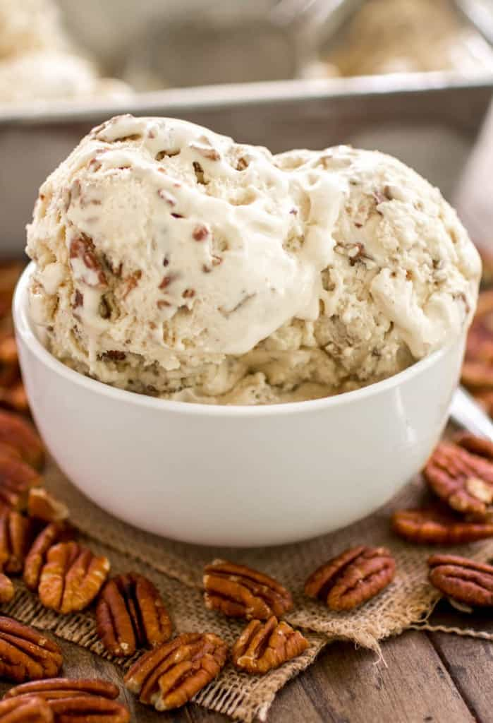 Buttered Pecan Ice Cream - Sprinkle Some Sugar