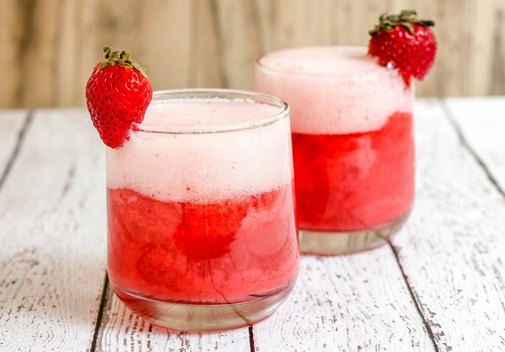 Strawberry Sorbet Champagne Floats - Sprinkle Some Sugar