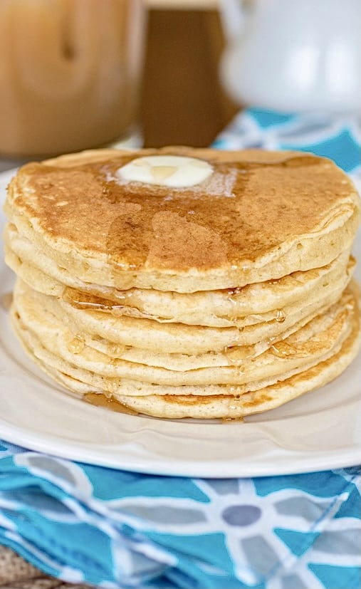 Perfect Buttermilk Pancakes - Sprinkle Some Sugar
