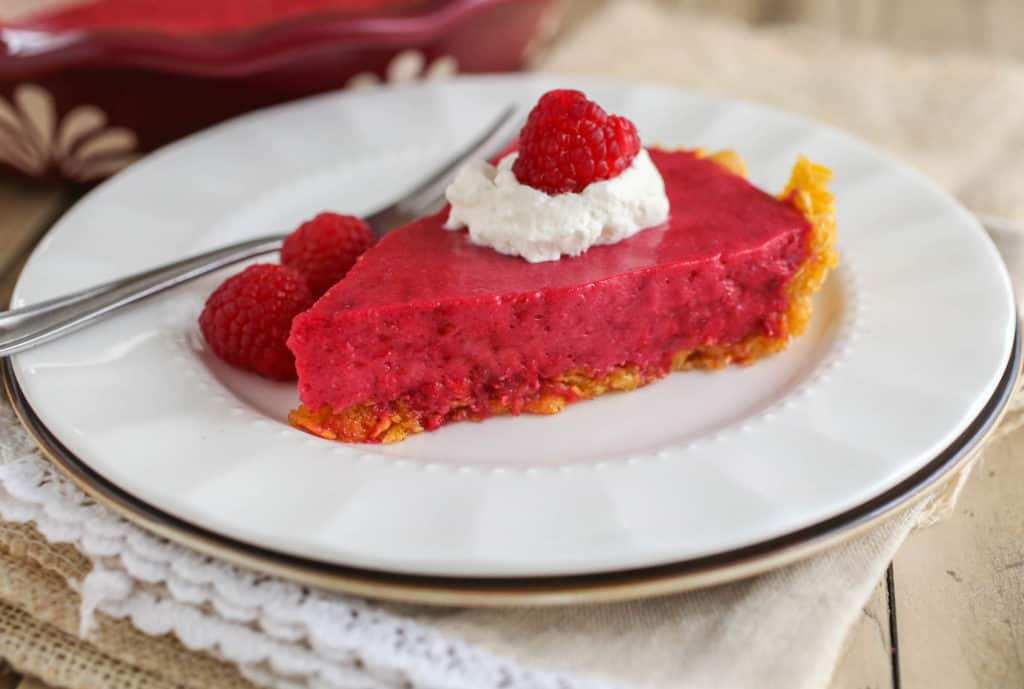 No-Bake Raspberry Ice Cream Pie - Sprinkle Some Sugar
